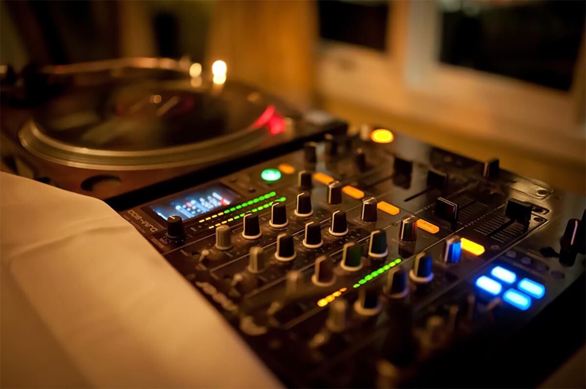 Caliber DJs 01